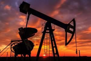 Гадание на нефтяной пленке: Эксперт о возможном укреплении курса рубля