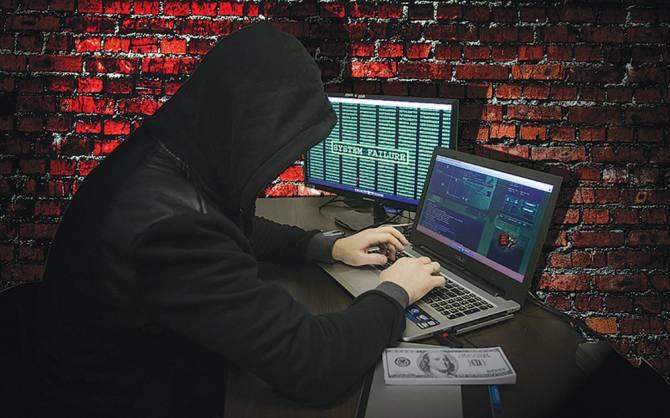 В Брянске работница хозяйственного магазина отдала мошенникам за «рекламу» 42 тысячи