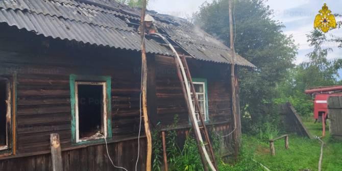 На пожаре в Суражском районе пострадали мужчина и женщина