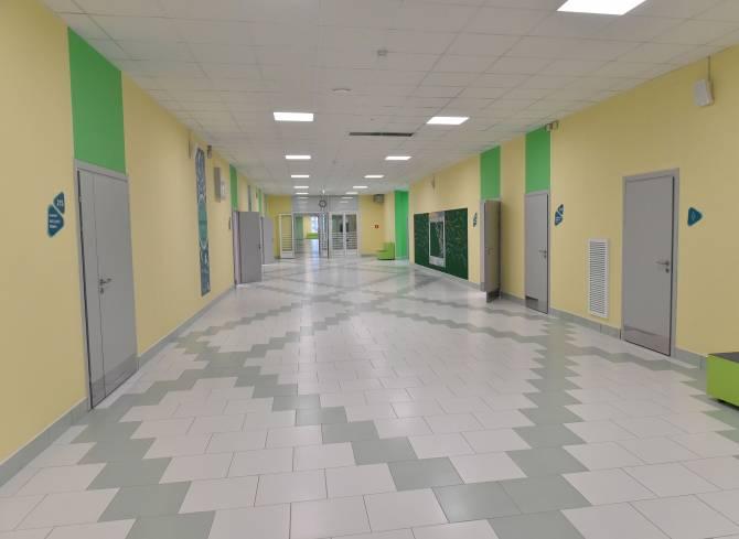 В Брянске готовятся отправлять на карантин целые школы