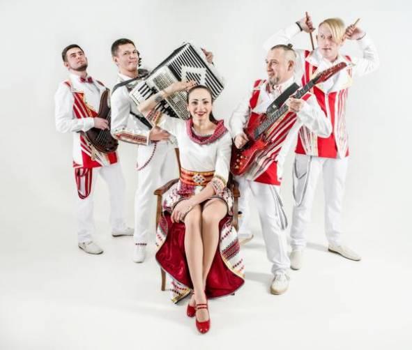 Брянцев музыканты пригласили на мега-вечеринку