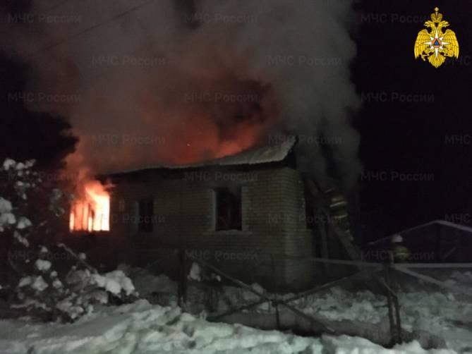 В Жуковском районе загорелся жилой дома