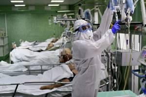 В реанимациях брянских больниц находятся 100 пациентов с коронавирусом
