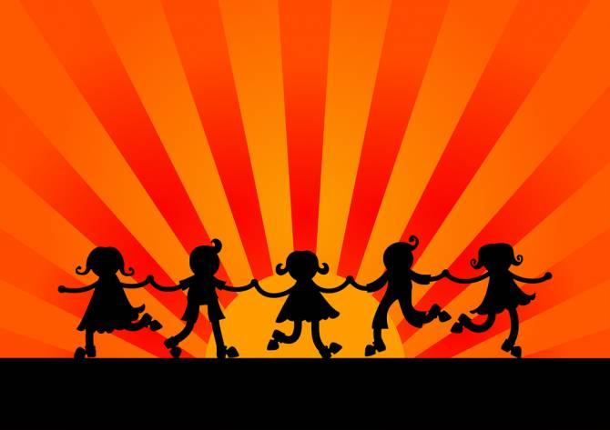 В брянском поселке Локоть устроят бесплатную детскую дискотеку