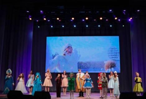 Брянский фестиваль «Рождественские встречи» собрал 23 фольклорных коллектива