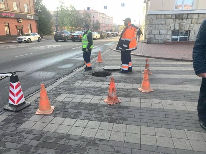В Брянске коммунальщики перекрыли выезд чиновникам правительства