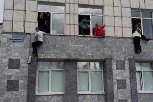 Во время массового расстрела в вузе преподаватель отказался прерывать лекцию