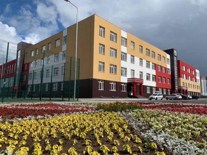 Власти сравнили ситуацию с коронавирусом в школах Брянска и Москвы
