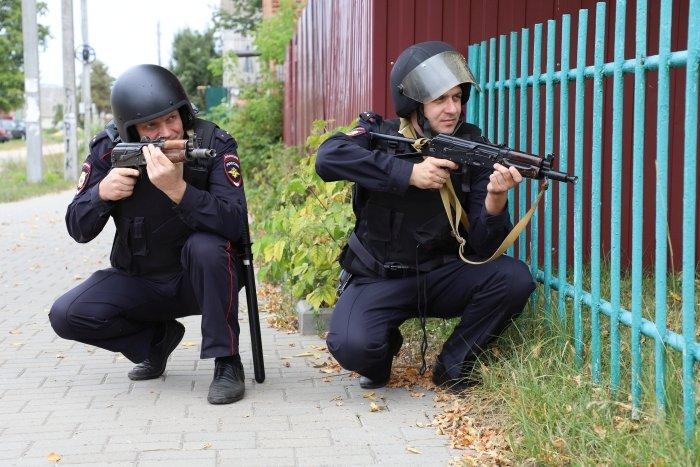 В Клинцах проходят антитеррористические учения