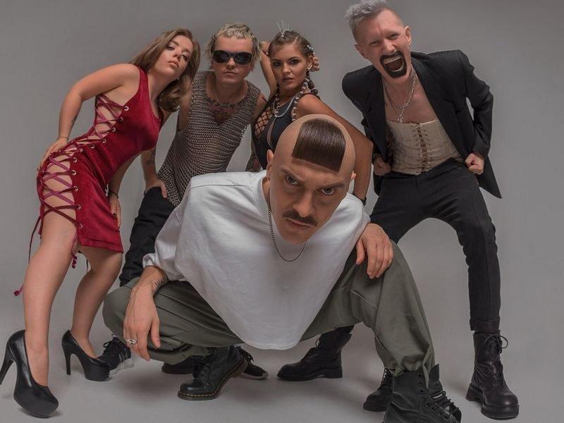 В Брянске перенесли концерт популярной группы Little Big