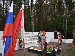 В Суражском районе брянцы и белорусы почтили память погибших кавалеристов