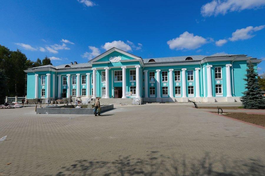 В сквере у ДК Горького в Брянске готовят к запуску новый фонтан