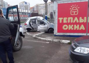В Брянске пьяный парень врезался в ларёк возле «Линии»