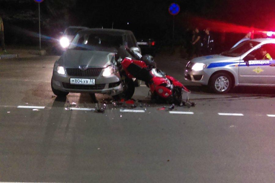 В Брянске в ДТП на Дуки пострадал 25-летний мотоциклист