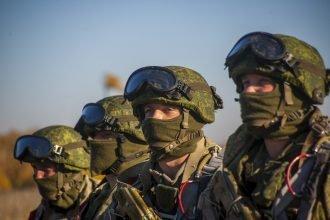 Брянские военные закидали врага гранатами РГД-5