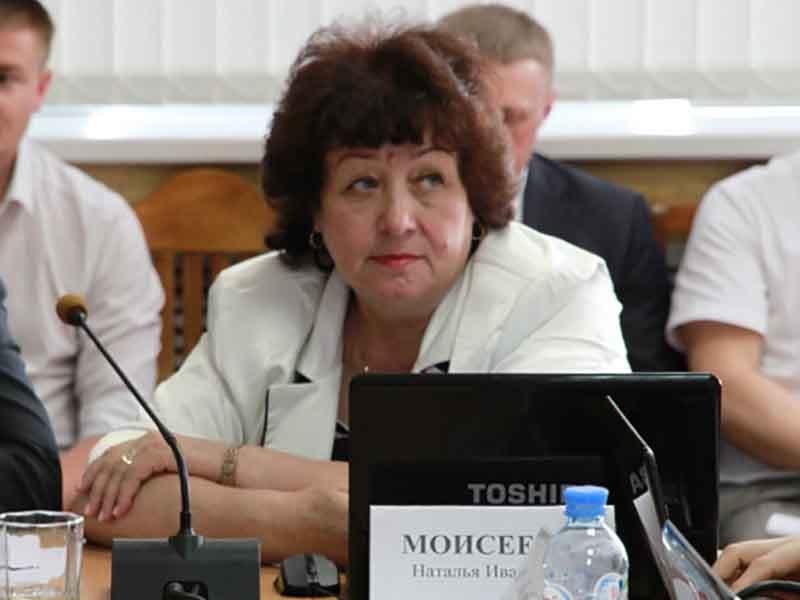 В Брянске заммэра Наталья Моисеева покинула пост из-за конфликта накануне выборов