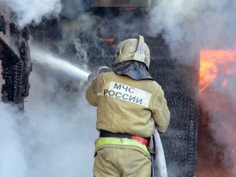 В центре Брянска сгорела дача