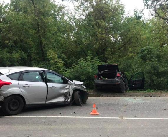 В Брянске в ДТП на улице Речной пострадали две девушки