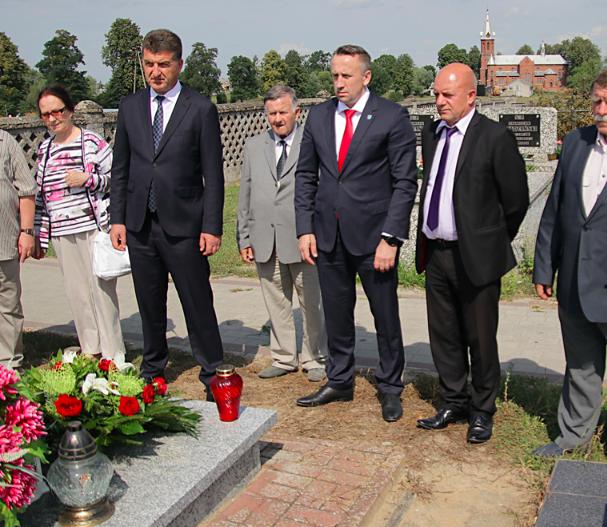 Глава Брянска Хлиманков открыл выставку в Польше