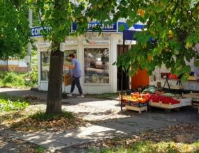 В брянском посёлке Белые Берега снесут 5 незаконных киосков