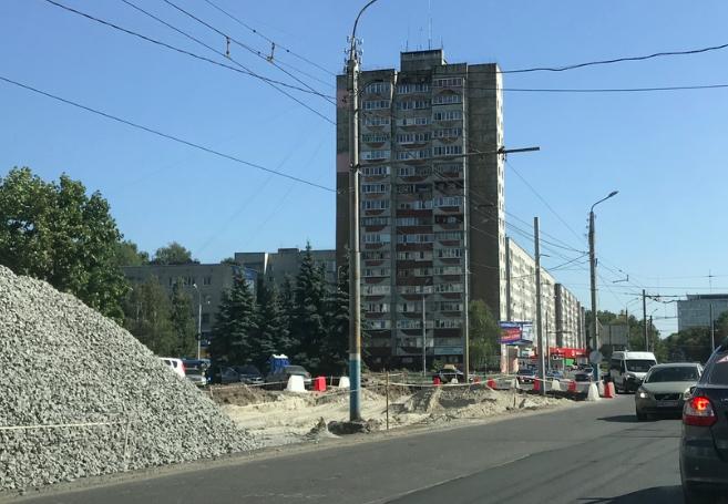 В Брянске готовятся к расширению Авиационной возле Самолёта