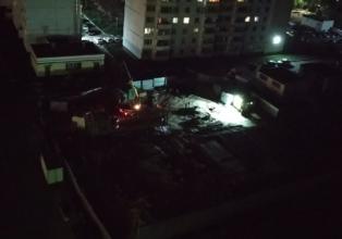 В Брянске жители многоэтажек пожаловались на ночной шум от стройки