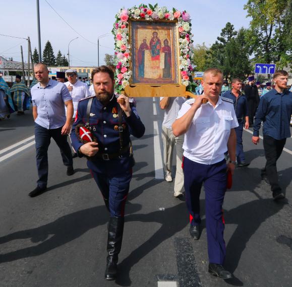 В честь Свенской иконы Божьей Матери в Брянске прошел Крестный ход