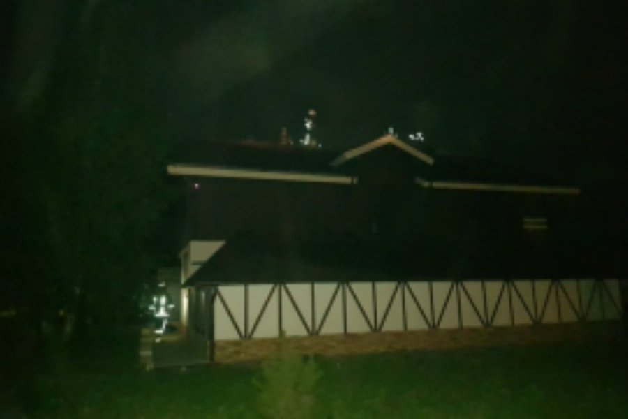 Под Брянском в Толмачево сгорела крыша частного дома