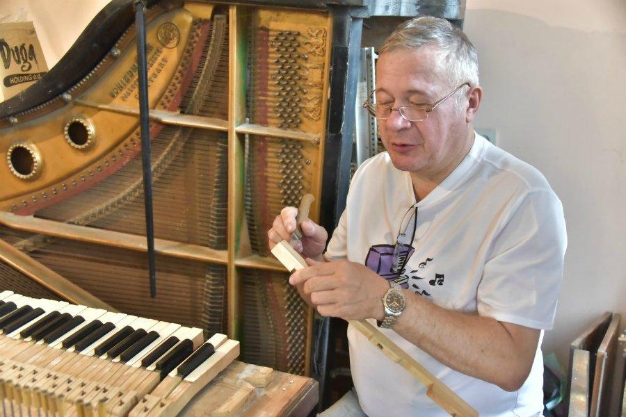 В Брянске возвращают к жизни легендарное немецкое пианино