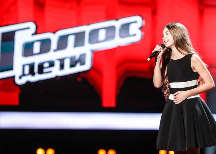 Брянская певица Анастасия Гладилина записала клип в монастыре