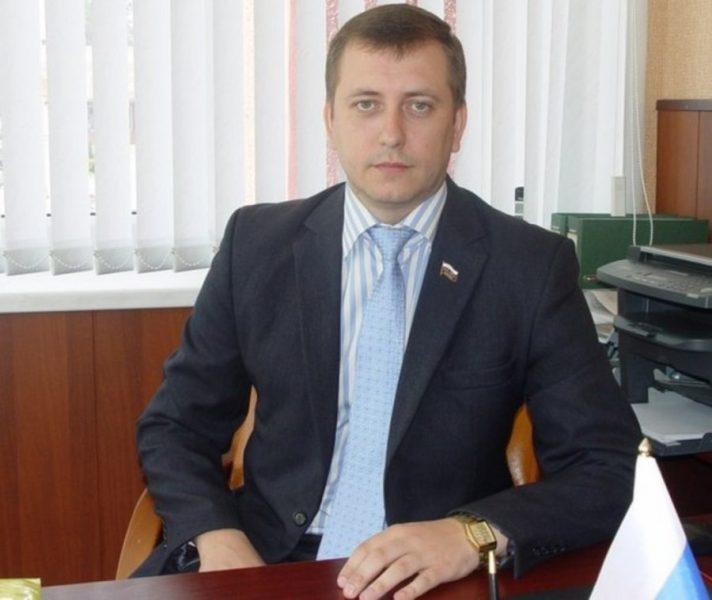 Мэр Клинцов Александр Морозов не захотел обнести школу забором