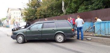 В Брянске на проспекте Станке Димитрова иномарки попали в крупное ДТП