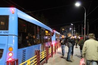 В Брянске к Кургану Бессмертия подогнали десятки автобусов