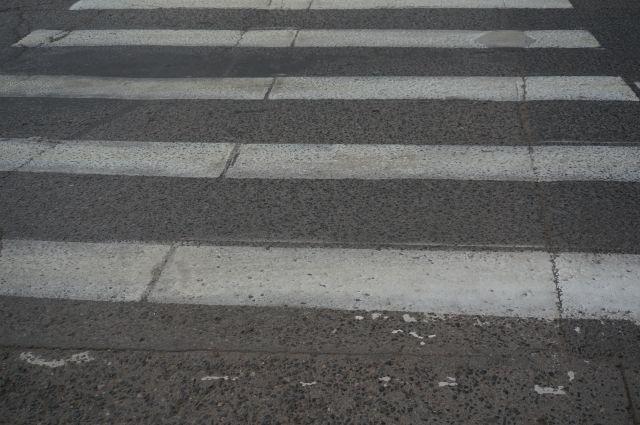 В Брянске автомобилист переехал ребенку ногу и скрылся