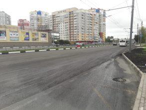 В Брянске с Первомайского моста сняли наполненный водой асфальт