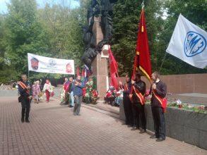 Торжественным шествием отметили День города в Бежицком районе Брянска