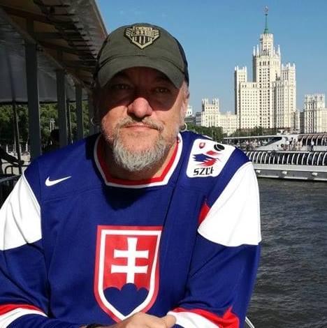 Брянский писатель и сценарист Юрий Бурносов отправился на Донбасс