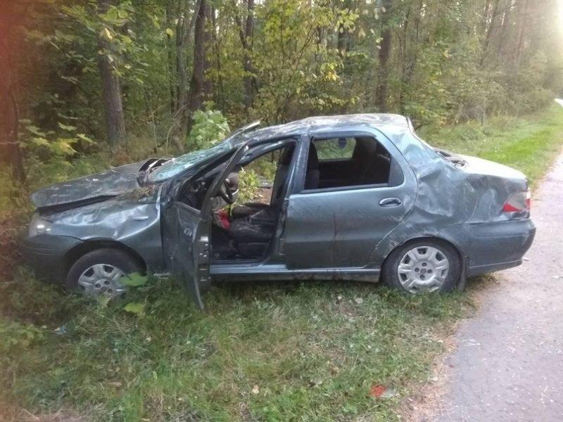 Под Навлей водитель «Fiat» едва не угробил себя и своего пассажира