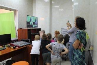 Телеканал «Городской» посетили юные зрители