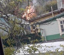 В Бежицком районе Брянска загорелся частный дом