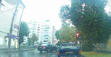 В Брянске водитель «Мерседеса» отметился тройным нарушением ПДД