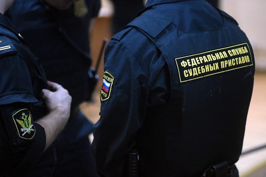 Брянские судебные приставы нагрянут к злостным должникам по зарплате