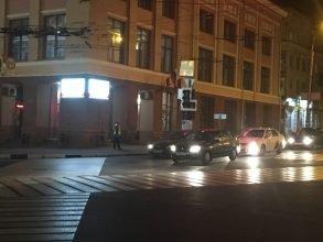В центре Брянска для удобства водителей отключили светофор
