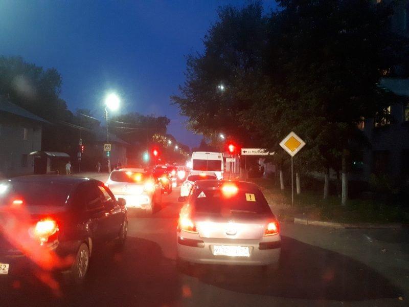 Брянцев возмутило количество новых светофоров в Бежице