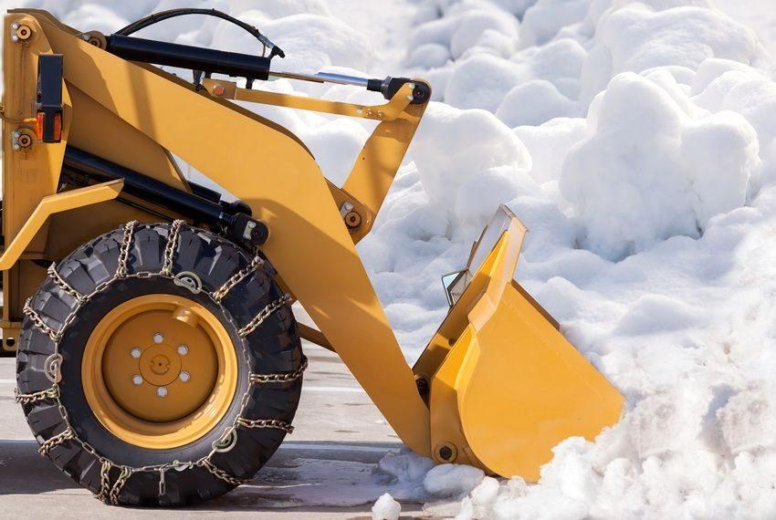 На Брянщине закупят 49 снегоуборочных машин за 160 млн рублей