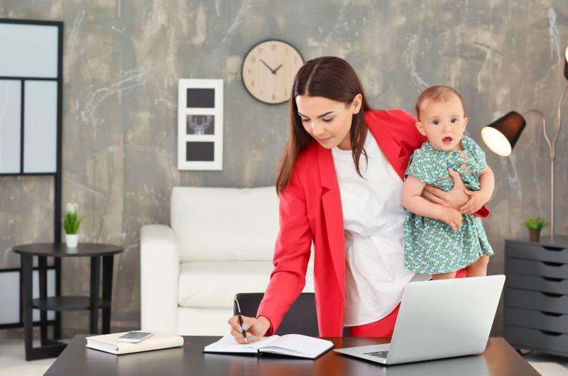 Брянские мамы могут получить 100 тысяч рублей на развитие бизнеса