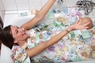 В Брянске живут не самые алчные женщины в России