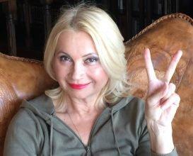 Устроившая голый протест актриса стала депутатом в Карачеве