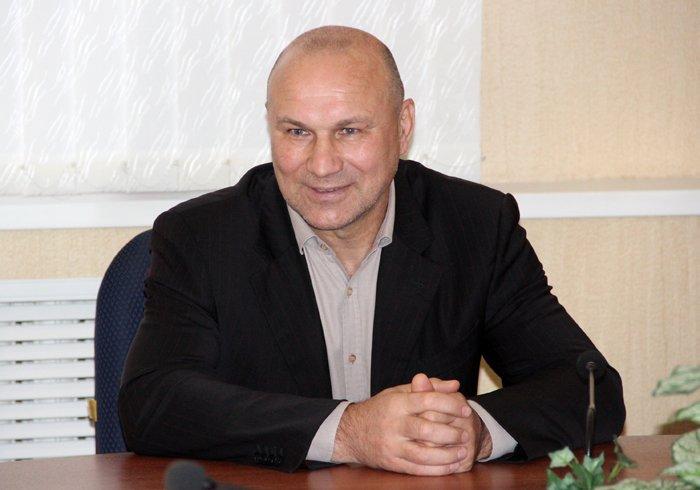 «Ни рыба ни мясо»: в Брянске зашаталось кресло под главным спортивным чиновником