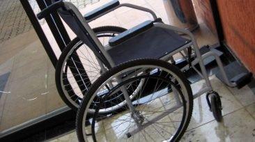 В Погарском районе уголовник украл у женщины инвалидную коляску
